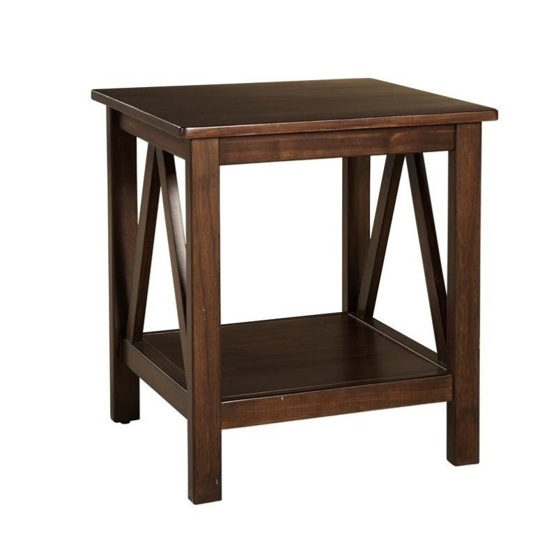 End Table in Antique Tobacco
