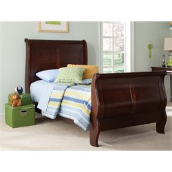 Carriage Court Sleigh Bed in Mahogany Stain