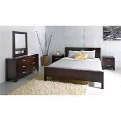 West Park King Bedroom Set in Brown