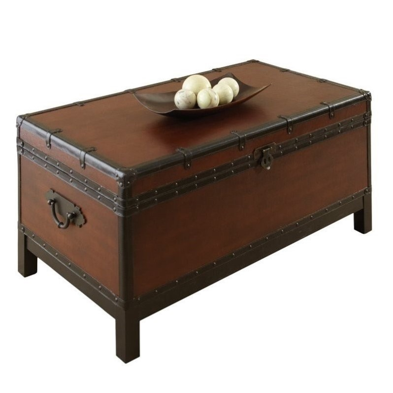 Steve silver company voyage trunk coffee table in antique cherry brown vy200c Silver trunk coffee table