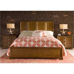 Grove PointWood Bedroom Set in Warm Khaki