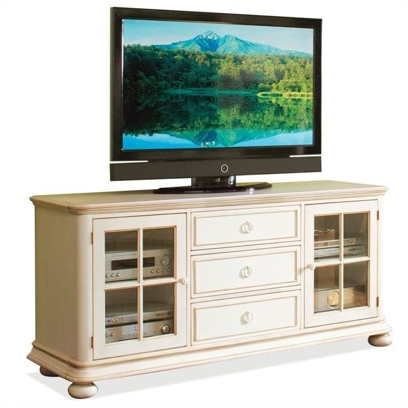 Riverside Furniture Placid Cove 69 Inch Tv Console In