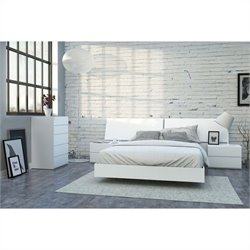 5 Piece Queen Bedroom Set in White Lacquer and Melamine