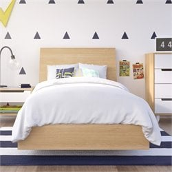 Twin Platform Bed with Headboard in Maple