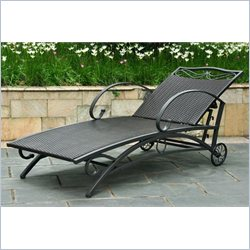 Chaise Lounge in Black Antique