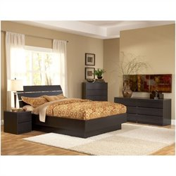 Platform 4 Piece Bedroom Set in Coffee