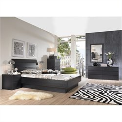 Platform 4 Piece Bedroom Set in Black Woodgrain