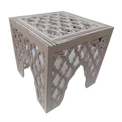 Renwil Frost Accent Table in Distressed White