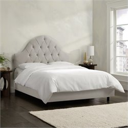 Skyline Furniture Arch Tufted Bed in Light Gray