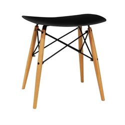 Saddle Stool in Black