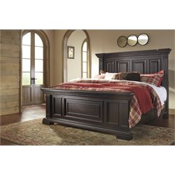 Ashley Willenburg Panel Bed in Dark Brown