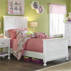 Kaslyn Wood Panel Bed in White