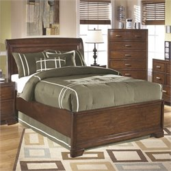 Alea Wood Sleigh Bed in Brown