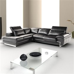 J&M Furniture Nicoletti Oregon II Leather Sectional in Black