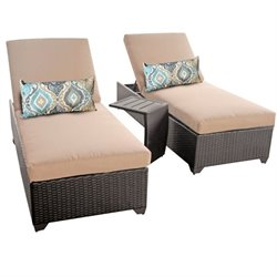 Classic 2 Wicker Patio Lounges With Side Table