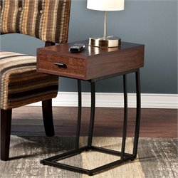 Southern Enterprises Porten Side Table with Power and USB in Walnut