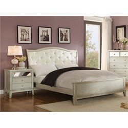 Bessie 2 Piece Bedroom Set in Silver