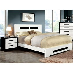 Pilwick 2 Piece Bedroom Set in White and black