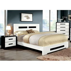 Pilwick 3 Piece Bedroom Set in White and black