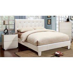 Kylen 3 Piece Bedroom Set in White