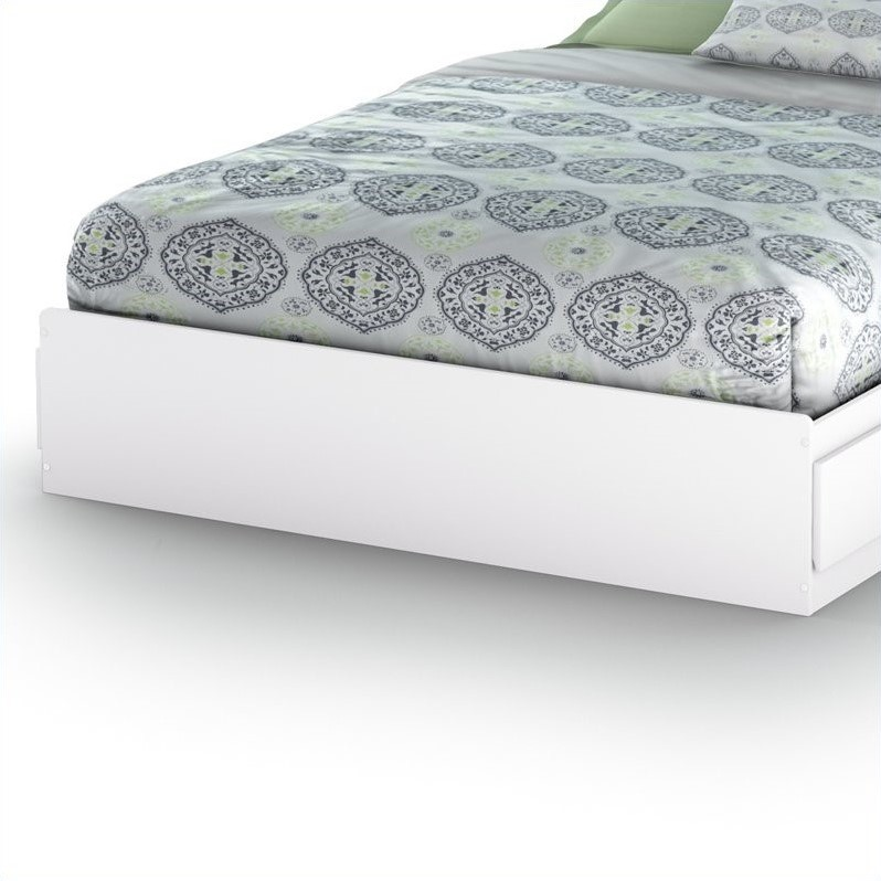 South Shore Breakwater Queen Mates Storage Bed in Pure White