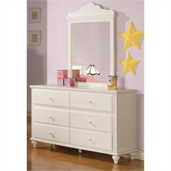 Bowery Hill 6 Drawer Dresser in White
