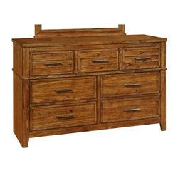 Bowery Hill 7 Drawer Dresser in Antique Amber