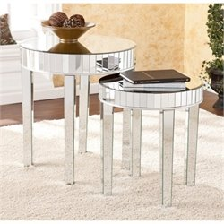 Bowery Hill 2 Piece Round Mirrored Nesting Table Set in Silver