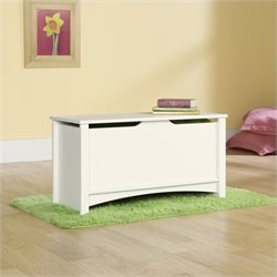 Sauder Shoal Creek Storage Chest in Soft White