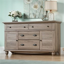 Dresser in Salt Oak