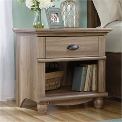 1 Drawer Wood Nightstand in Salt Oak
