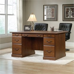 Executive Desk in Milled Cherry