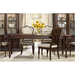 Hooker Leesburg Extendable Dining Table in Mahogany