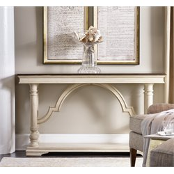 Hooker Leesburg Console Table in Antique White
