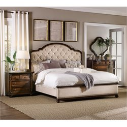 Hooker Leesburg 3 Piece Queen Upholstered Bed Set in Mahogany