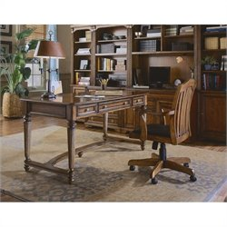 Hooker Furniture Brookhaven Leg Desk in Clear Cherry