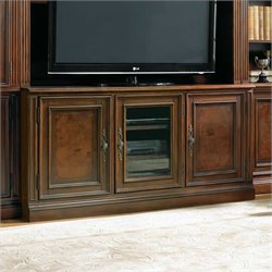 Hooker Furniture European Renaissance II 62in Entertainment Console in Cherry