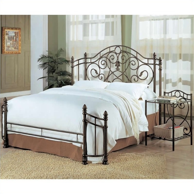 Coaster Beckley Queen Spindle Headboard & Footboard in Antique Green