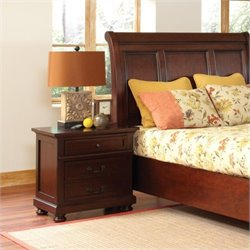 Coaster Hannah Nightstand with 3 Drawers in Brown Cherry