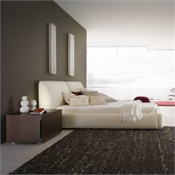 Rossetto Pavo Plaftorm Bed in Milky Finish