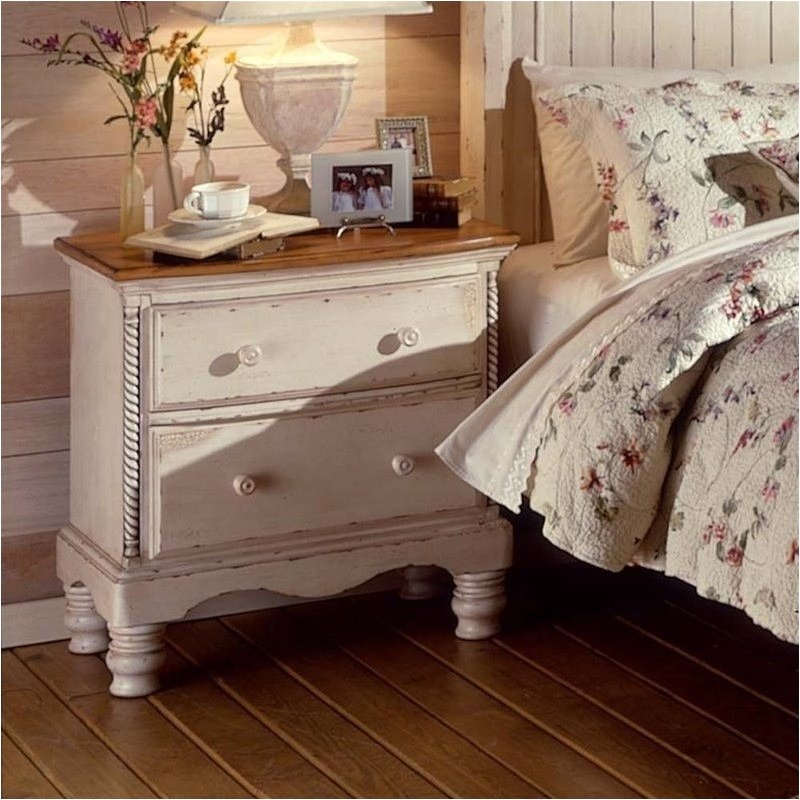 Hillsdale Wilshire Antique White Nightstand 1172 771