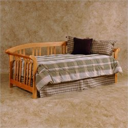 Hillsdale Dorchester Solid Wood Daybed in Pine
