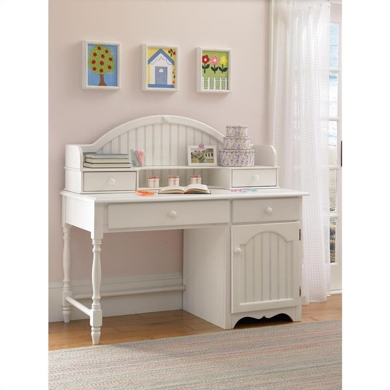 Hillsdale Westfield Hutch in Off-White Finish