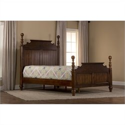 Hillsdale Pine Island Queen Post Bed in Dark Pine