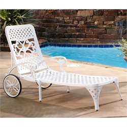 Chaise Lounge Chair in White
